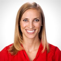 Danielle Pavliv headshot