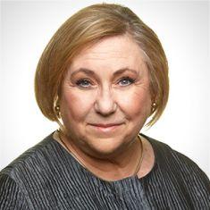 Sandra Sperry headshot