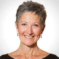 Lynn Dierker headshot