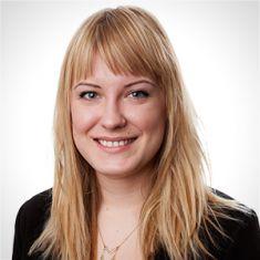 Alona Nenko headshot