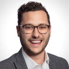 Ryan Maganini headshot