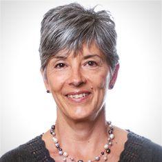 Donna Strugar Fritsch headshot