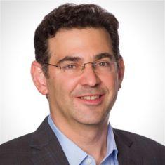 Jonathan Blum headshot